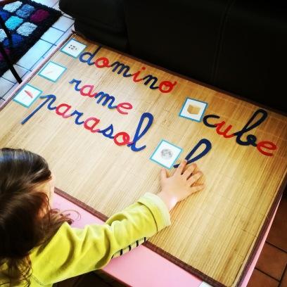 coder des phonèmes avec des graphèmes